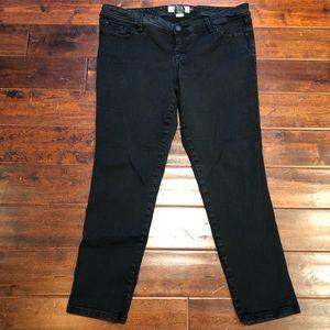 Torrid Black Dark Rinse Luxe Stretch Skinny Jeans